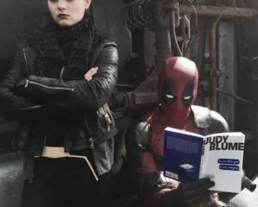 Deadpool bei der Lektüre von Judy Blume