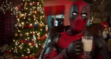 Superheldenkino wuenscht frohe weihnachten