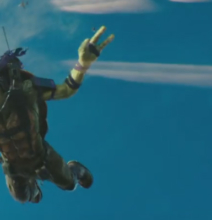 Teenage-Mutant-Ninja-Turtles-2-Neuer-Trailer-Luftsprung